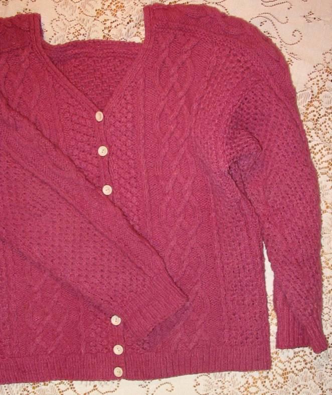 Knitting Websites Ireland : Irish cable knit sweater aran texture patterns